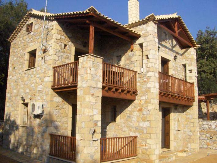 Greece property for sale in Neochori Lefktrou, Peloponnese